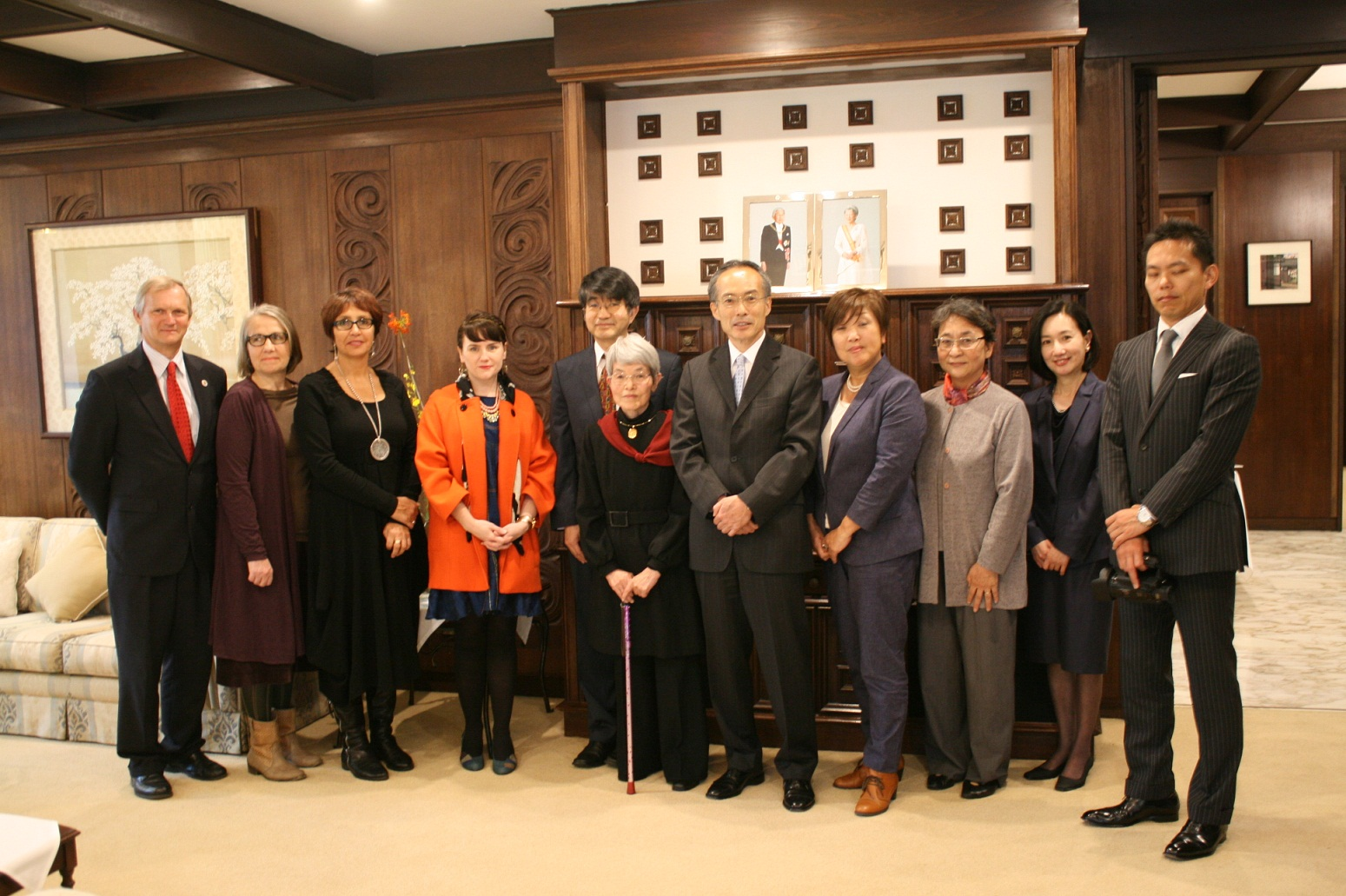 Morimoto Junko 1  森本順子氏外務大臣表彰授与式  総領事館の行事
